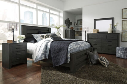 Brinxton - Black - 8 Pc. - Dresser, Mirror, Chest, Queen Poster Bed & 2 Nightstands
