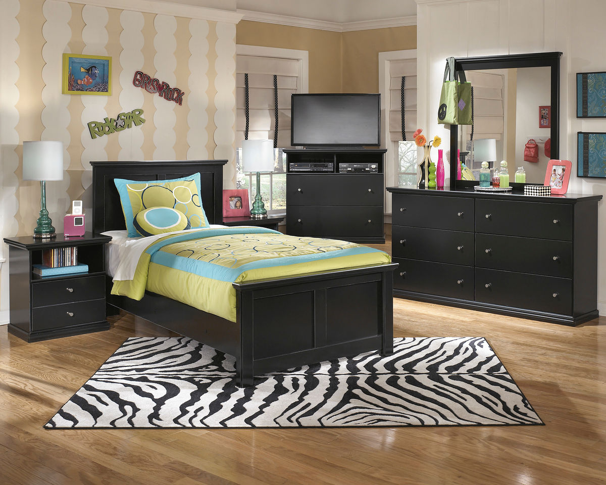 Maribel - 5 Pc. - Dresser, Mirror & Twin Panel Bed