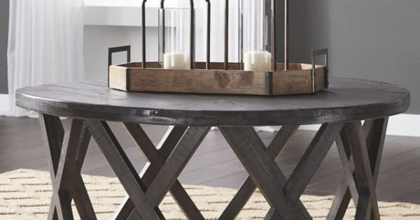 Sharzane Grayish Brown Round Cocktail Table Comfort